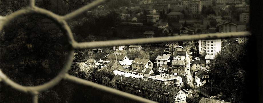 Fotonični trenutki – Mesec fotografije 2012: festival sodobne fotografije  29. maj – 30. junij 2012.